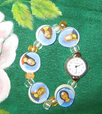 Las Comadres watch